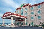 Отель Holiday Inn Express Hotel & Suites Somerset Central