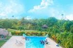 Отель Highway Trails Belize Resort and Country Club