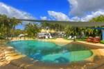 Отель Tin Can Bay Tourist Park