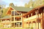 Отель Bear Claw Lodge