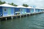 Отель Careening Cay Resort