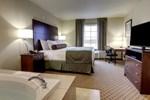 Отель Cobblestone Hotel & Suites - Charlestown