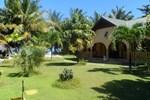 Anse Kerlan Beach Chalet