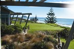 Отель Papamoa Beach Top 10 Holiday Resort
