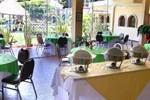 Отель Hotel Las Victorias
