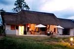 Отель Deruxa Cottages