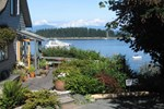 Мини-отель Quadra Island Harbour House B&B
