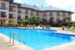 Отель Tradewinds Hotel