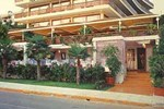 Отель Plaza Vouliagmeni Strand Hotel