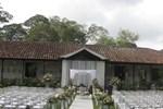 Отель Hotel Hacienda El Roble