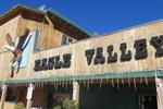 Отель Eagle Valley Resort RV Park