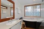 Гостевой дом Trafalgar Premium Vintage Suites