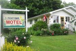 Отель Picket Fence Motel