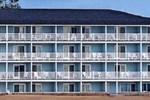 Fairview Beachfront Inn & Waterpark