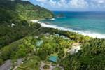 Отель Rosalie Bay Resort