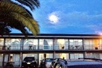 Отель Roselands Motel