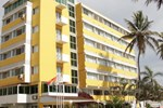 Отель Hotel Ritz Sumbe