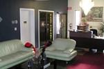 Отель 7 West Motel