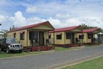 Отель BIG4 Capricorn Palms Holiday Village