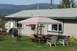 Отель Shuswap Lake Motel and Resort