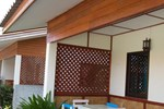 Отель Baan Pimfah Thanakham