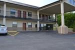 Отель Hiway Inn Express of Kiowa