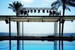 Отель Ocean Blue Beach Resort Jbeil