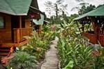 Отель Sisakuna Lodge