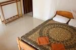 Отель Tharaka Surf Guest House