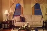 Мини-отель Candle Inn The Window Bed and Breakfast