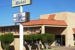 Отель Travelers Motel