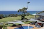 Отель Amooran Oceanside Apartments and Motel