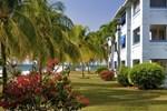 Апартаменты Carib Beach Apartment