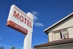 Отель Chetwynd Court Motel