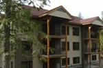 Отель Kokanee Springs Golf Resort