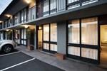 Отель Matthew Flinders Hotel