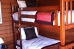 Отель Snowy River Cabins