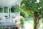 Мини-отель Graycliff Cottage Oceanfront B&B