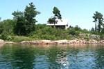 Отель Foxys on the lake