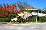 Отель Fantasy Island Beach Resort, Dive & Marina