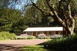 Отель Twelve Apostles Motel & Country Retreat