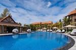Отель Crystals Beach Resort & Spa