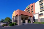 Отель Holiday Inn Express Hotel & Suites Tempe