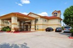 Отель Days Inn Benbrook