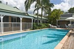 Отель Cooroy Country Cottages