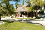 Отель Lagoon Breeze Lodge