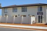 Апартаменты Port Denison Holiday Units