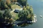 Отель Sunny Point Resort, Cottages & Inn