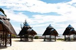 Отель The Beachcomber Hotel & Resort