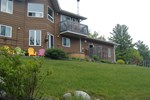 Мини-отель Laughing Waters Bed & Breakfast and Vacation Rental